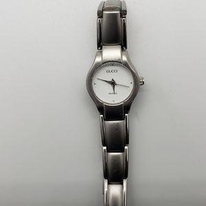 Vintage Gucci 2889L ladies SS watch-white dial